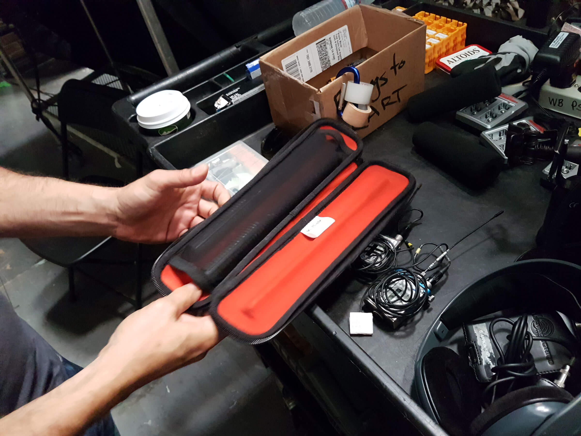 Carlos Torres storing his mics in the KSTMC1 – Stingray Microphone Case